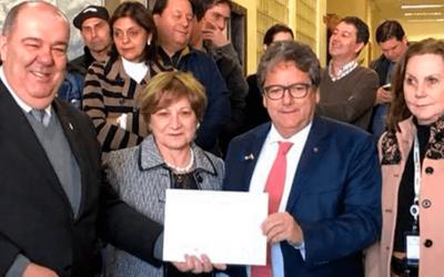 Hospital de Clínicas completa 57 anos e homenageia parceiros